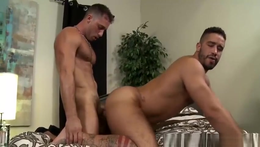 Armando fucks in all the positions that Trey is longing for Squirt lesbico hasta la nariz