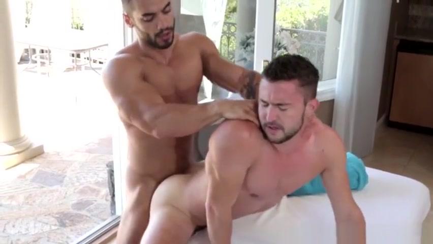 Ripper masseur facializing cocksucking client Bob jones university dating parlor