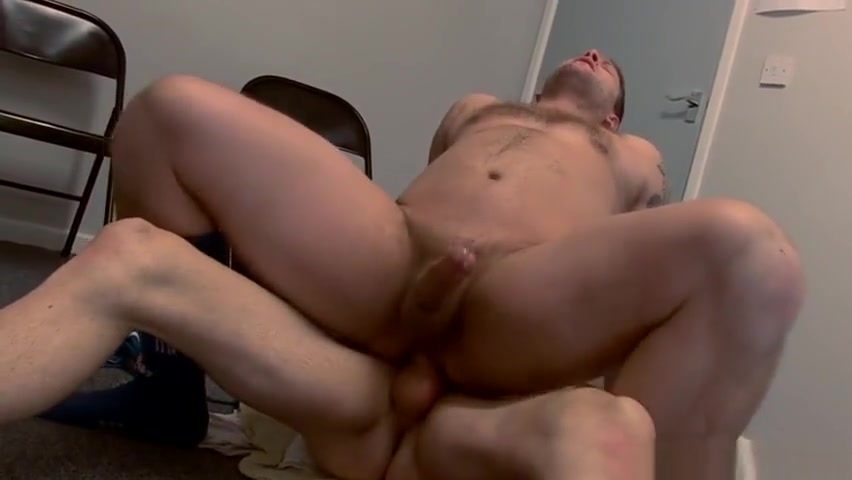 Muscle hunk Colby Jansen bottoms to Woody Fox Swingers enjoy wild orgy party