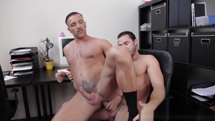 Office hunks assfucking after hours Free porn videos live stream