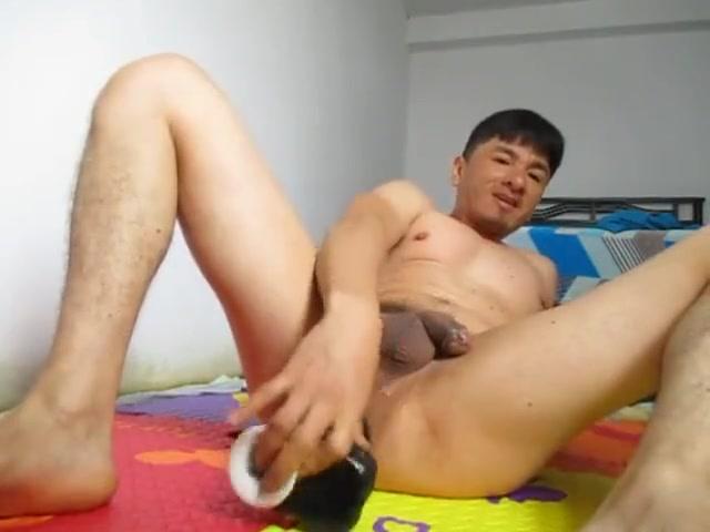 Metiendome una botella en mi culito Bondage strip
