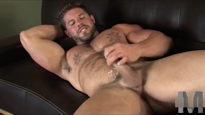 Buck Andrews Xxl butt sex porn picture