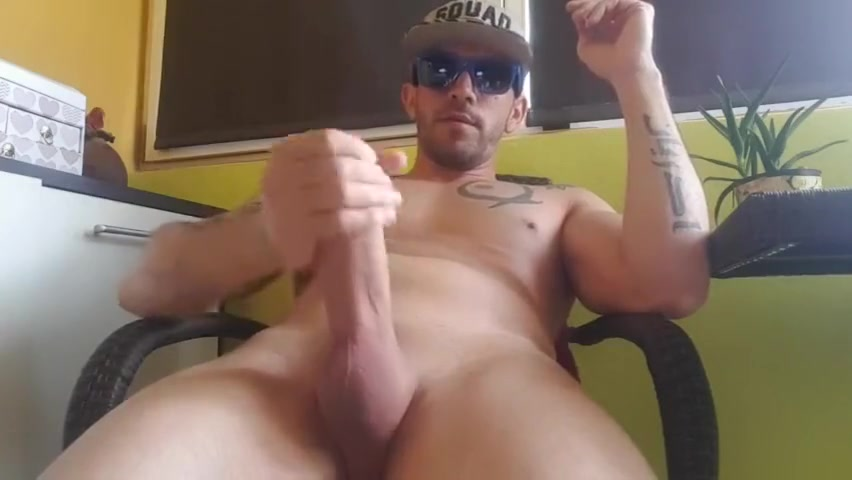 with the dick raised in the aisle of the block Licking Pussy Scenes