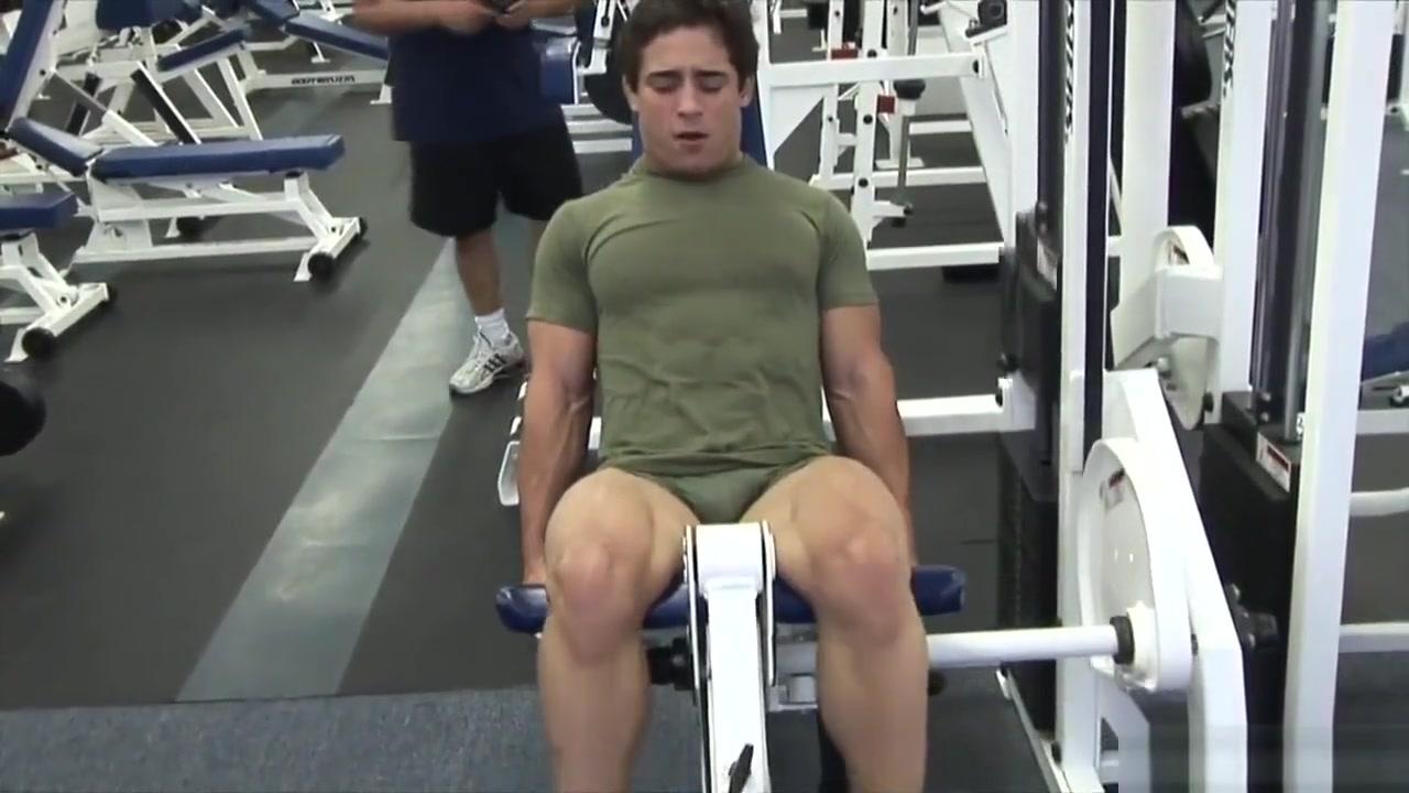 Teen bodybuilder love(s) his body big tits asain strip tease