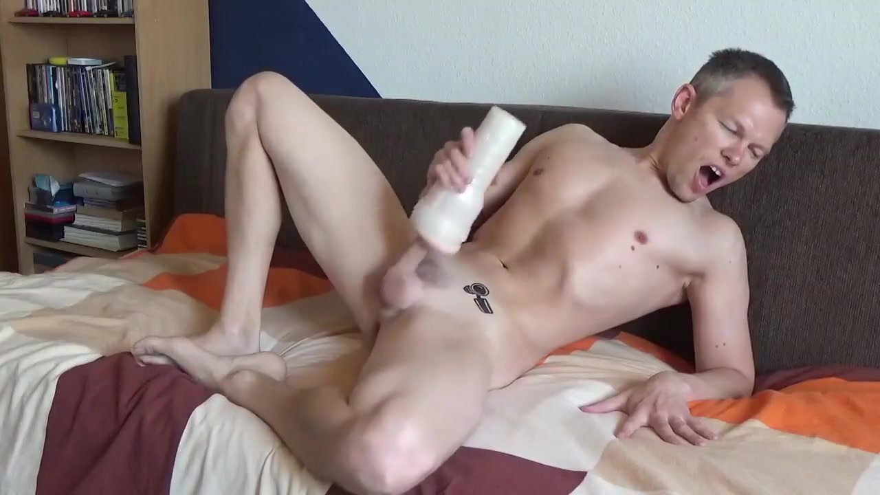SEXY BOY beautifully finish with sperm ;-P Hookup a girl for 3 weeks