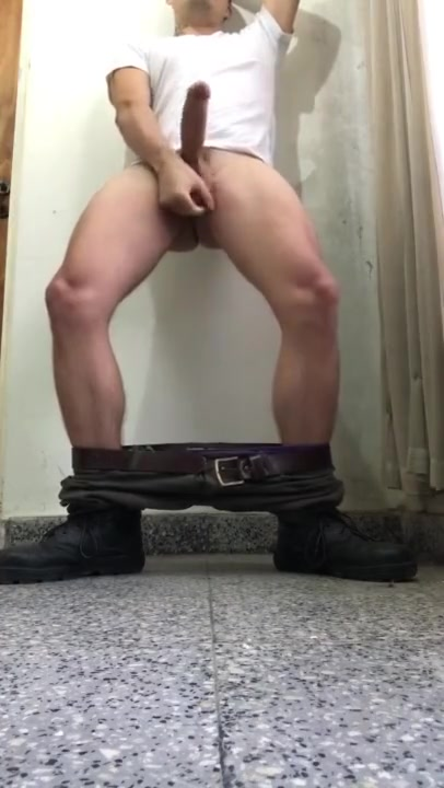 Military rest Barefoot Bound