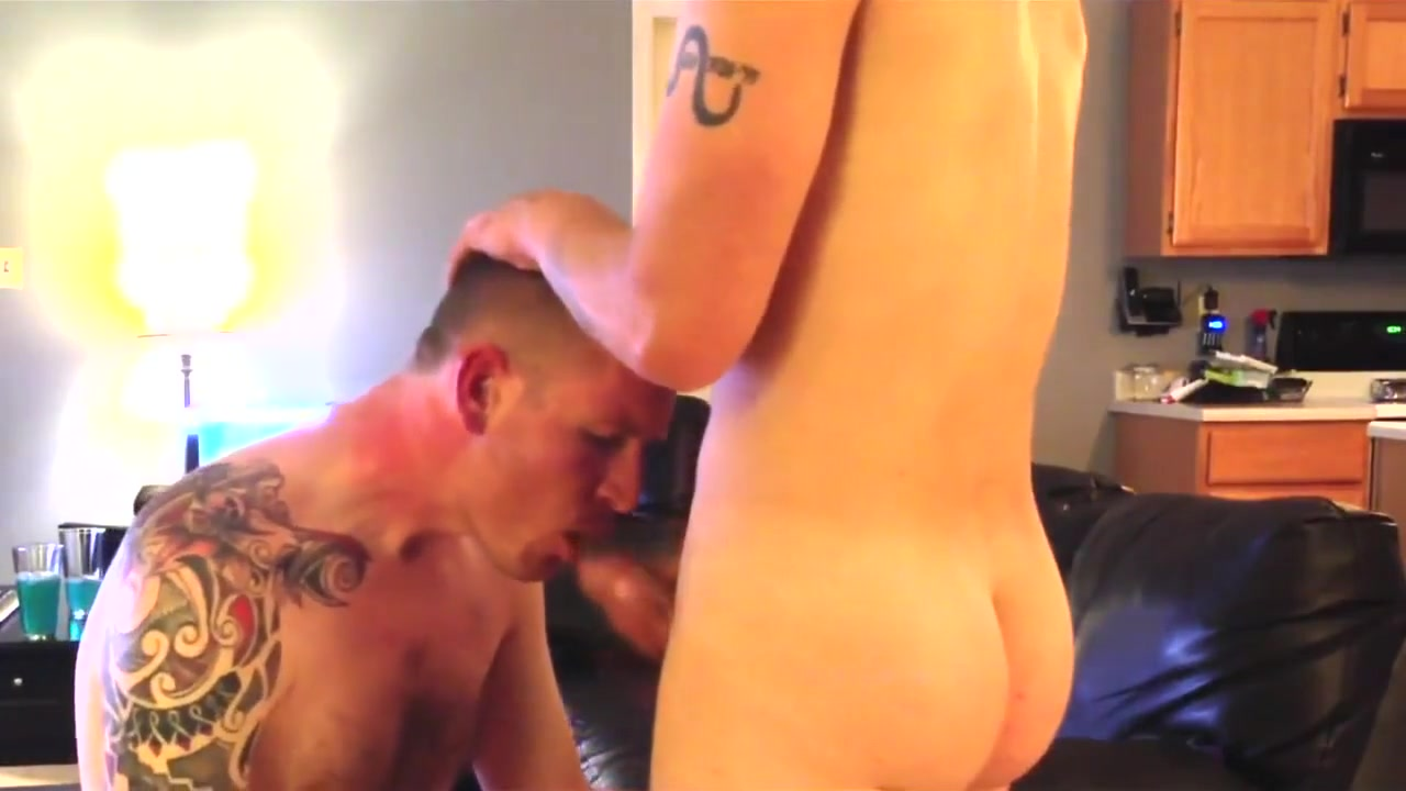 Sucking Str8 Friend Fucking a cumming cock
