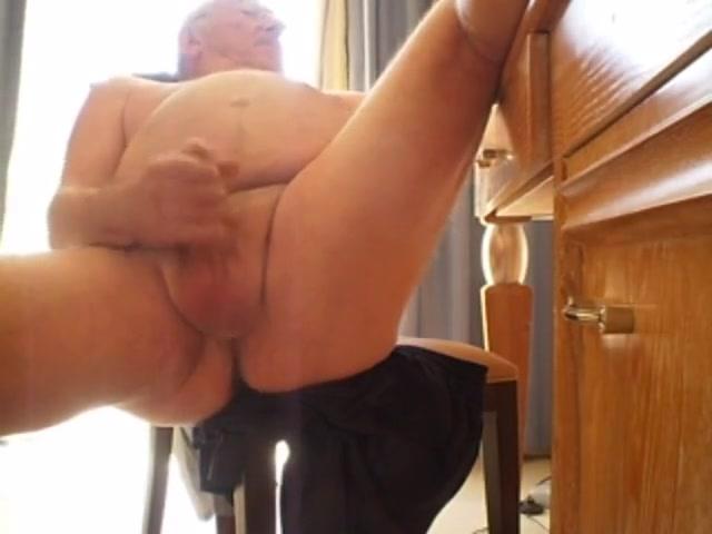 Grandmpa play nicky reed footjob porn