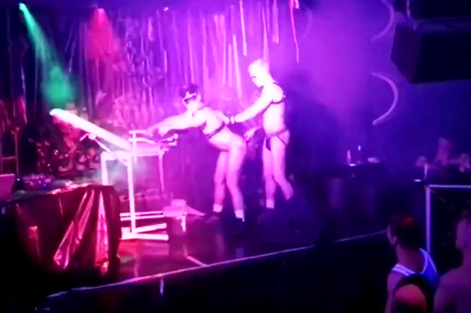 Vasily Mevas & Sergey Fox live porn show. Download Free Lagu Ost Marriage Not Hookup