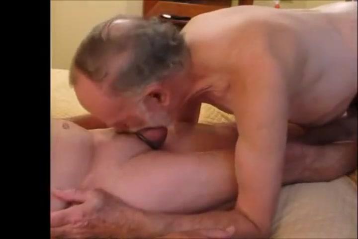 SENIOR BJ Sex appeal women are having lesbo hardcore fucking