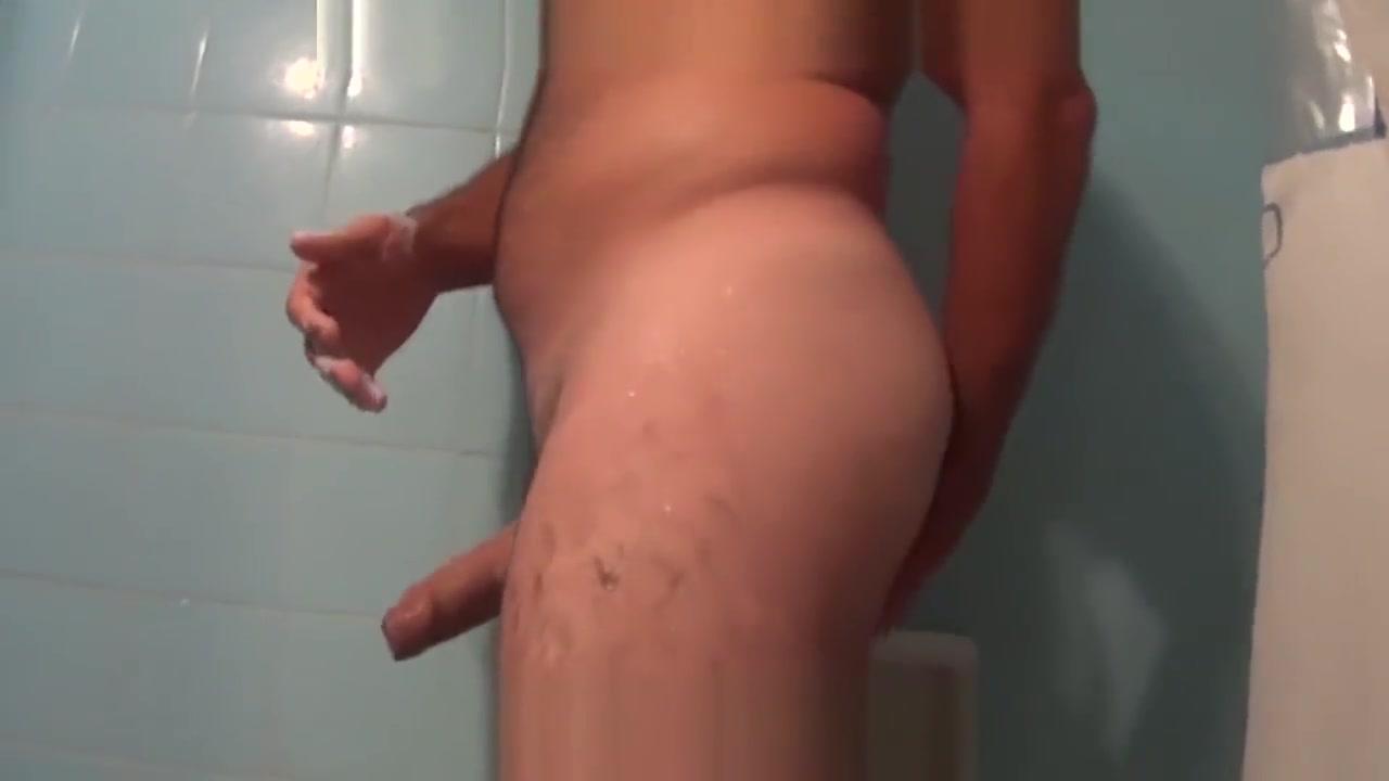 CLIENTE DE MASAJISTA EN LA DUCHA Lesbian hairy p2