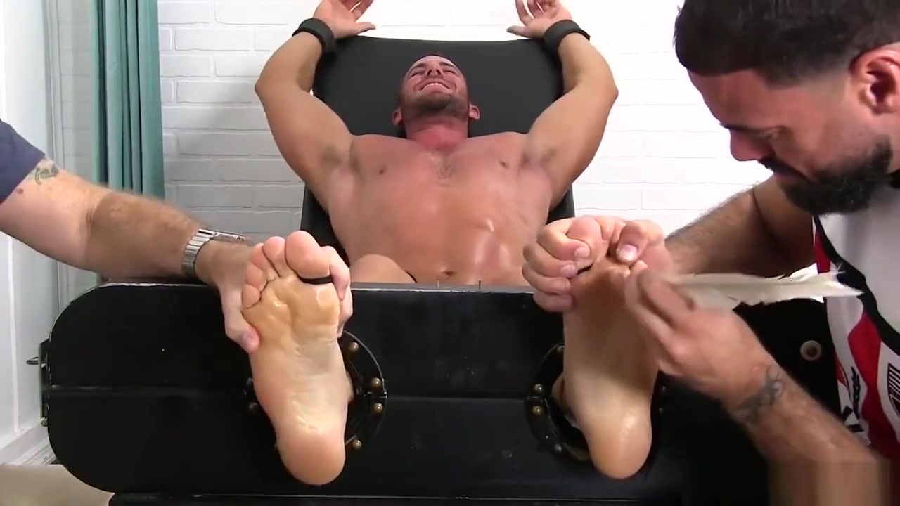 Muscle stud cries out for help from feet tickling homos middle aged getting fucked threesome