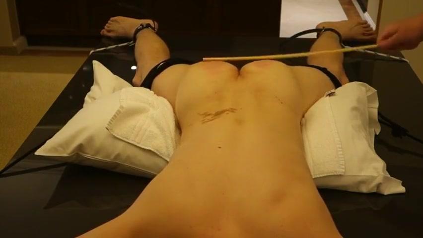 ����������� ���� 3 Mallu big boob aunty oil massage tmb