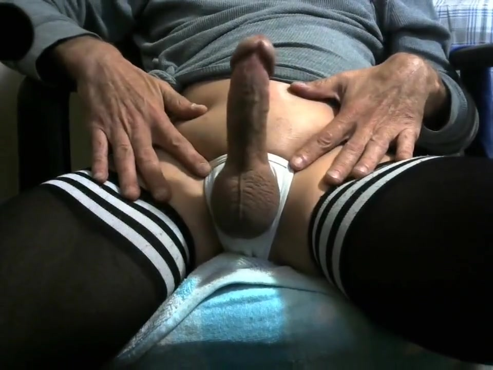 Playing with my cock Discreet affair sites