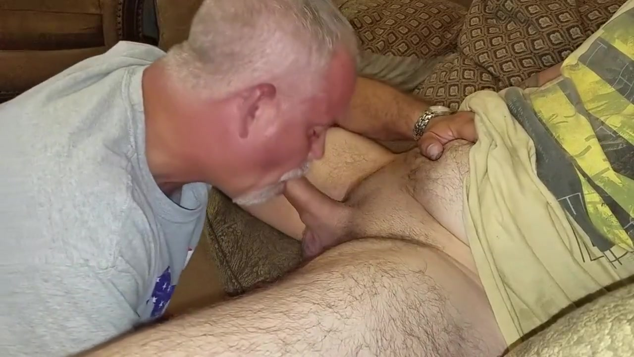 Lunch Break BJ - Swallow His Load Free seks chat