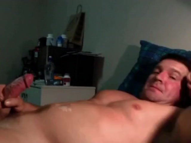 Muscular Daddy on Cam Husband an wife fuck the gardener sex xxx