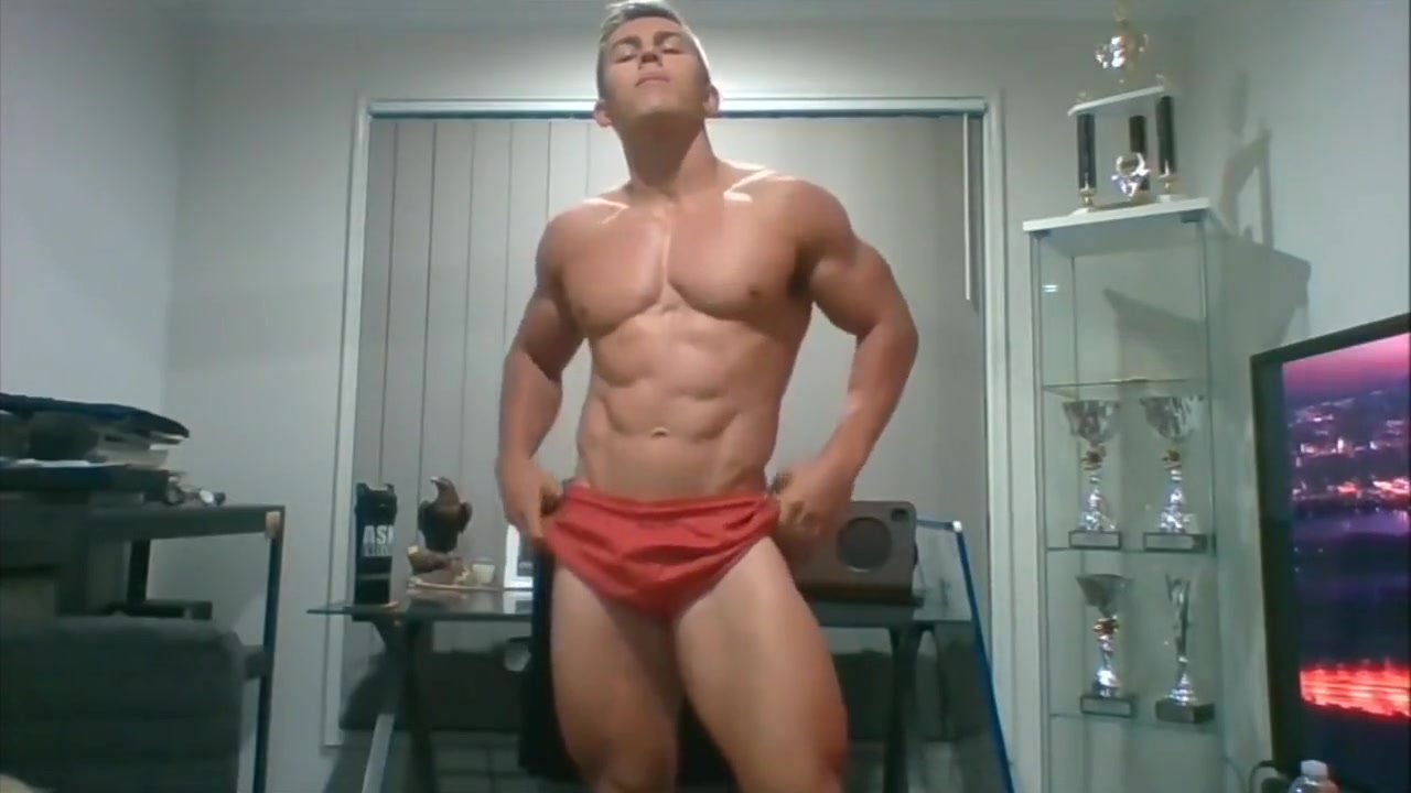 Muscle Luke posing webcam fetish ball 2018 jelsoft enterprises ltd