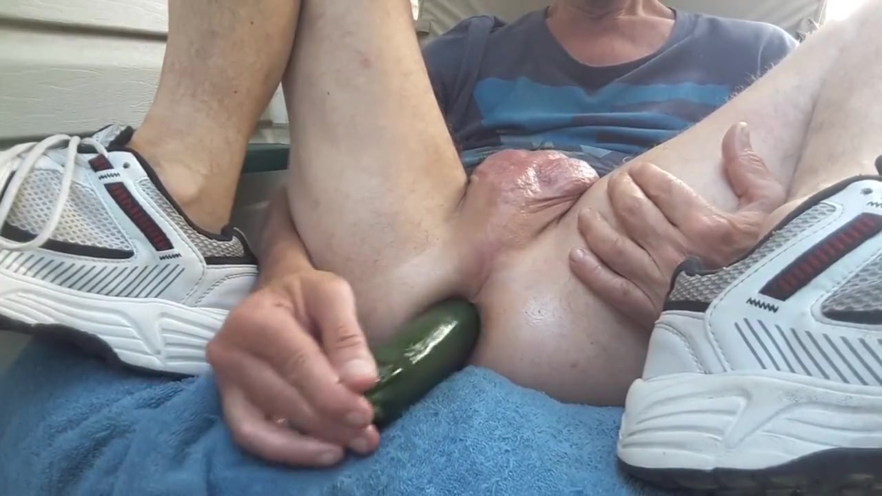 Zucchini fuck outdoor on my patio #3 nude women night sex