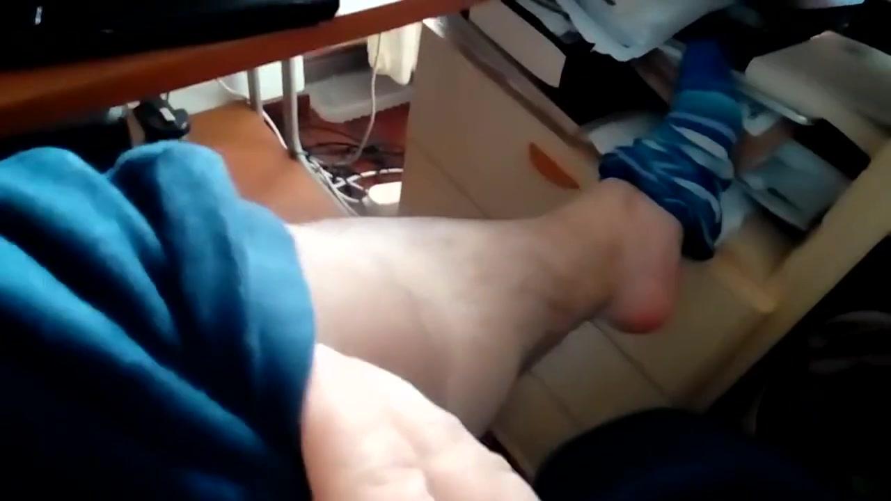 Kocalos - Feet Big Sexy Asian Girls