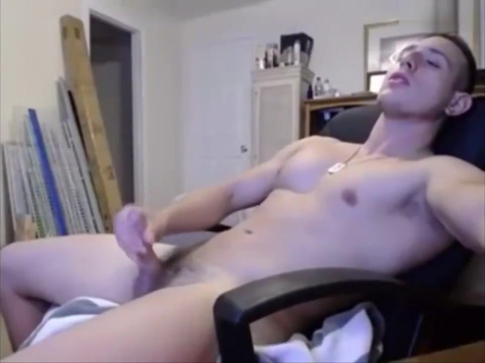 Incredibly HOT Straight Chaturbate Guy Two guys share milf slut load
