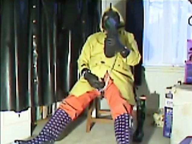 Another old video of myself wanking in rubber....what else! mmmm sexy women having gay sex