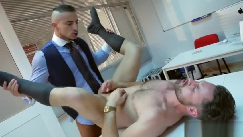 Muscle gay anal sex with cumshot Best online dating agency