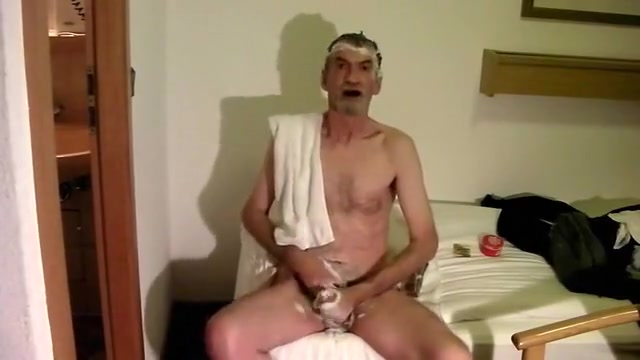 The Shampoo Jerk Off Great cock pictures