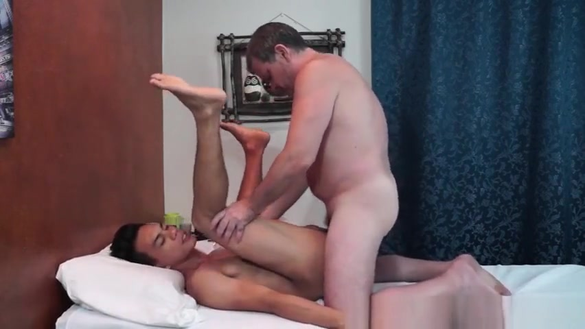 Dilf barebacks filipino twink after rimming Lesbo casting agent strapon fucks her client