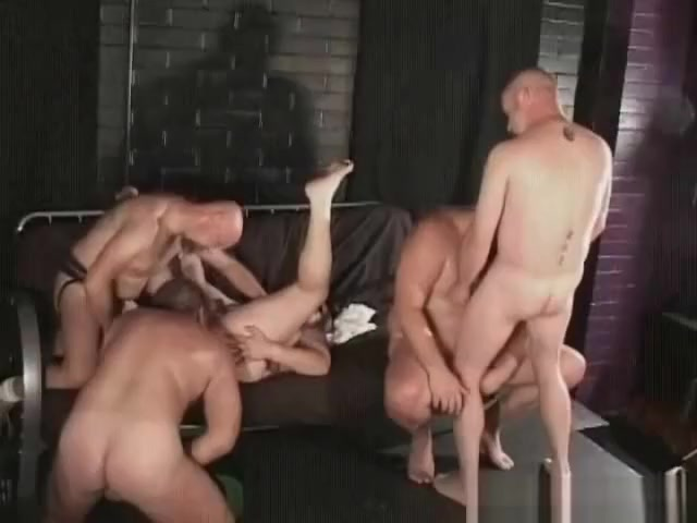 Free for all gay bear sex threesome Girls giving hand job in car