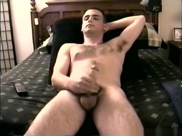 Hung Straight Boy Casey Jacks Off A Boy Eating A Girl Pussy