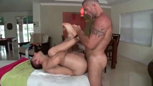 Massage pro in deep anal wrecking gay porn telecharger gratuit video porno