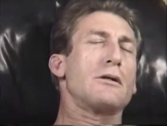 Mature Amateur Craig Jacking Off Glam european licking lesbians tease guys cock