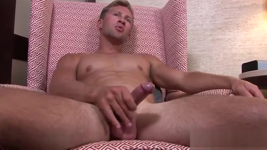 Sexy ass army hunk Tristan wanking his fat cock for you What men want from a woman