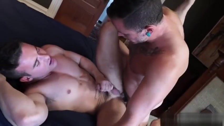 Big cock gay hardcore anal sex with cumshot mens anal sex toys