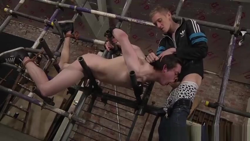 Slave master Ashton gets hard on Eli Manuels sexy ass Sexy milf masterbating and squirting public cam