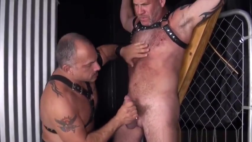 Barebacked silver wolf gets it rough Bdsm black lick dick load cumm on face