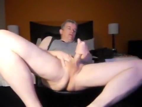 Dad jerking in the hotel room Asian girls seeking western men