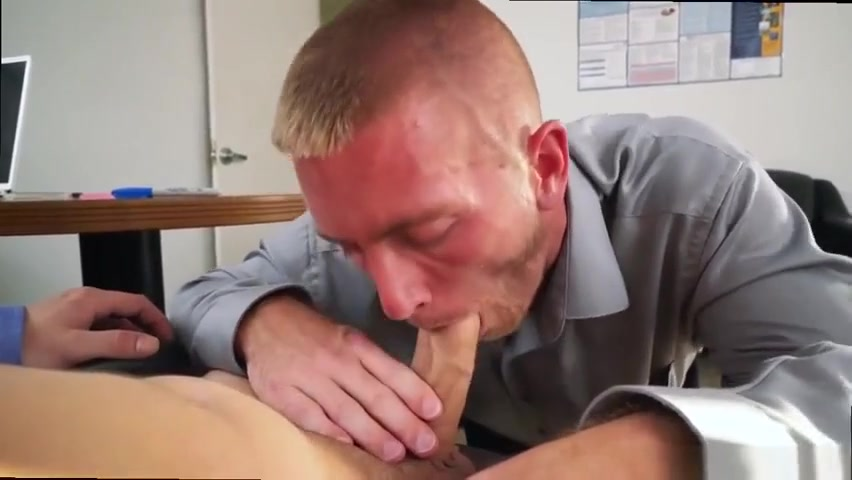 Dude sucking off his boss cock Roseann barr nude