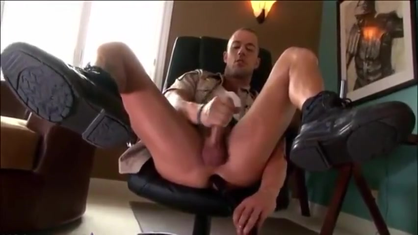 [GVC 462] Yummy stud jerking off Nikki Darling Spread Wide and Electro Fucked