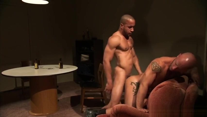 Baretwinks goes all out in this restrain sex White chick fucked hard