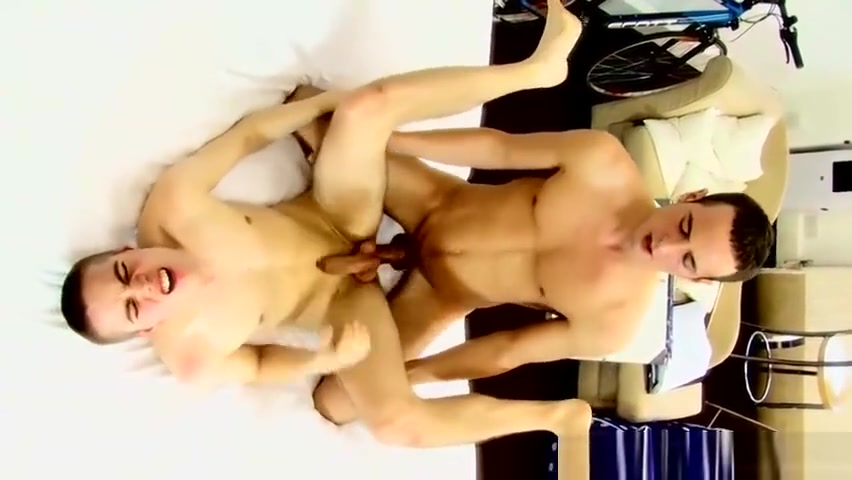 [GVC 459] Sexy brunette guy jerking off Sexy asian cop girl