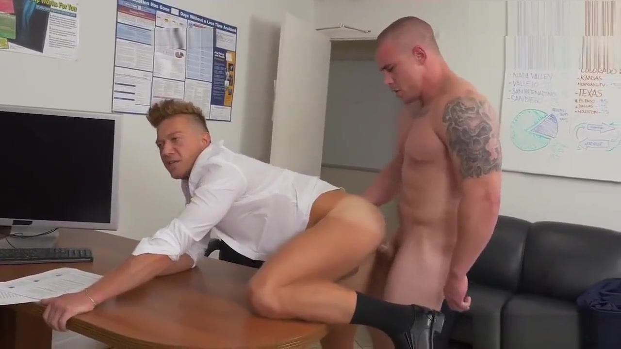 Gay bra sex videos We Dont Do This In Europe Waking Up Cousin To Fuck
