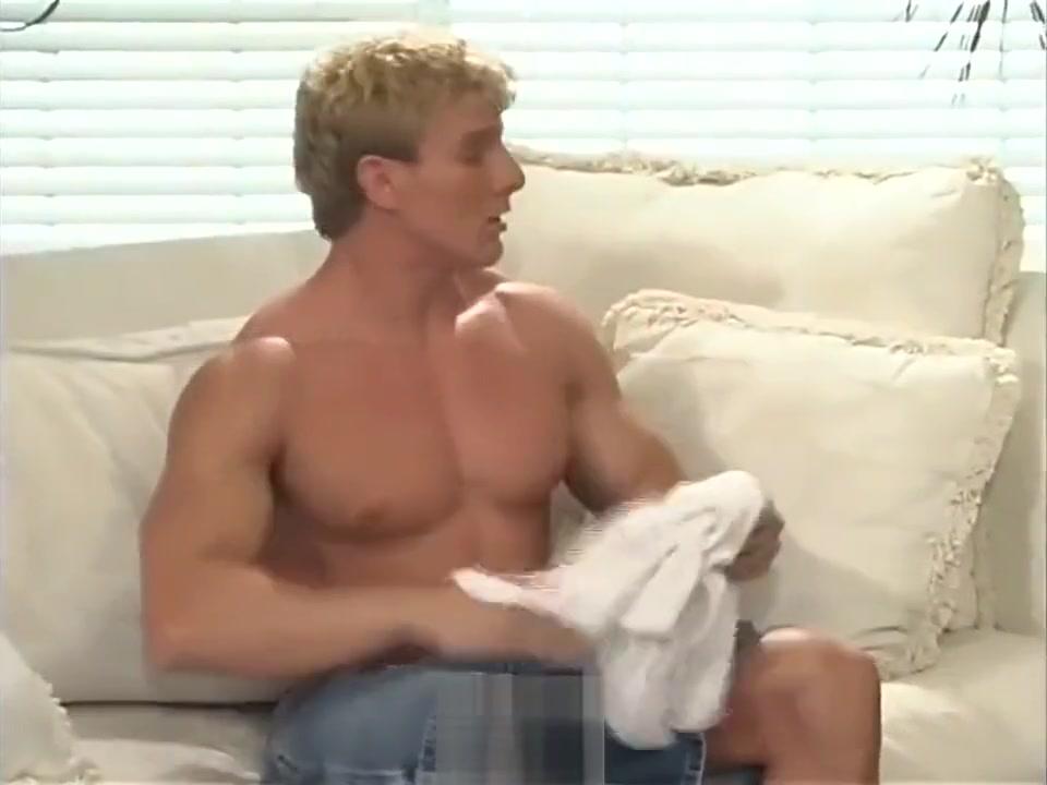 Brett Mycles wrestle Ecover, attitude, bentley organic