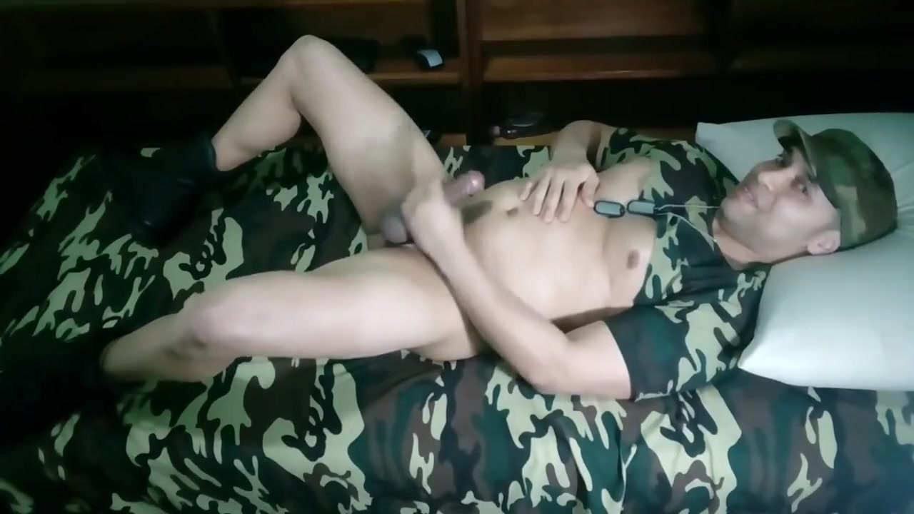 32 - Army Sniper Naked italian ass erotic