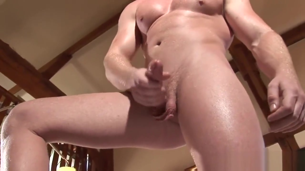 Lee Tylers muscle meat Showing porn images for womanizer pro porn