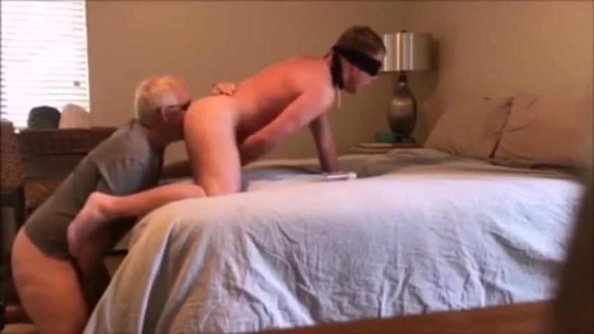 Blindfold Daddy fucking big ass bitches