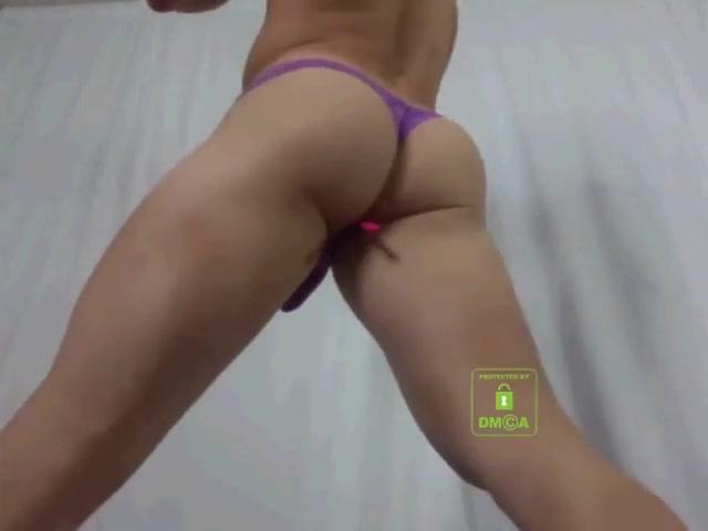 blond ass nude pics of gina carano