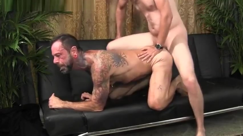 STRAIGHT GUY RAW DAWGS GAY hot 60 plus xxx