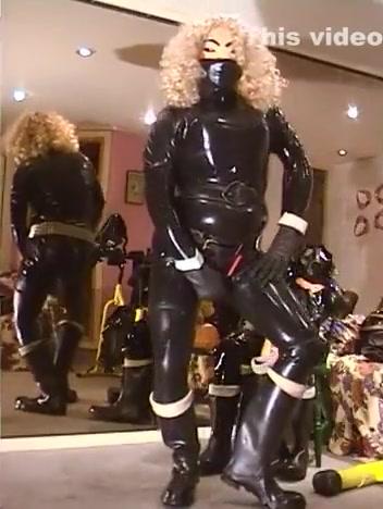 Roxina2004RetroTotalLatexSlutGurl09062004XXXL national free sexual predators