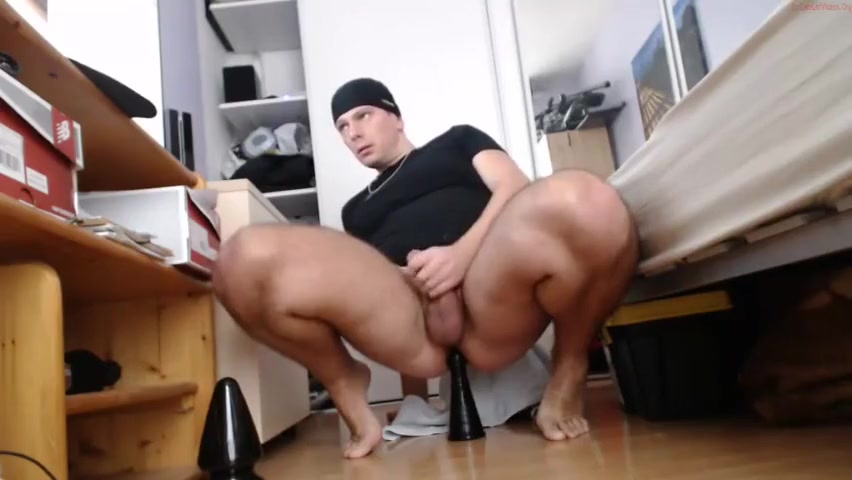 Belgian Guy rides his dildo Buddys sherman tx
